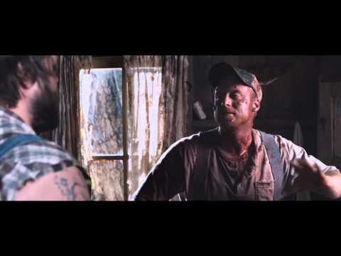 """Vidéo TUCKER & DALE FIGHTENT LE MAL - Extrait 3 - VF TUCKER & DALE FIGHTENT LE MAL - Extrait 1 - VF Dirigé par MARC SAEZ Marc SAEZ voix de TYLER LABINE """"TUCKER"""""""