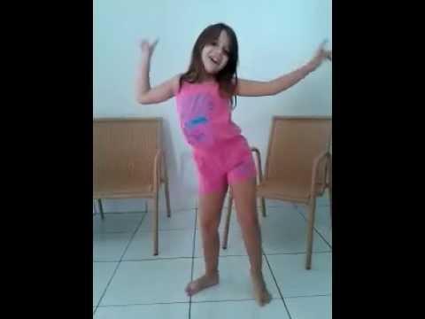"""Julia Chagas dançando """"No passinho do volante"""""""