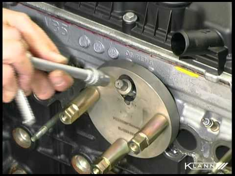 KL-1383 21 K Drilling out a Glow Plug  (PSA HDI Engines)