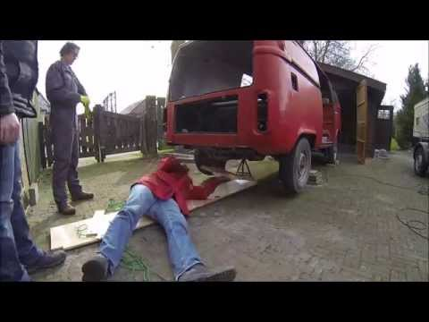 Engine and Gearbox Removal Volkswagen T2