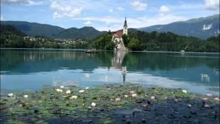 Slovenski oktet, Po jezeru bliz Triglava, traditional