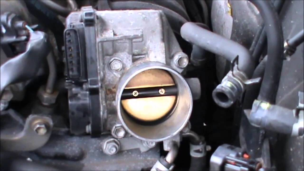 toyota avensis throttle body cleaning and air filter replacement [ 1280 x 720 Pixel ]