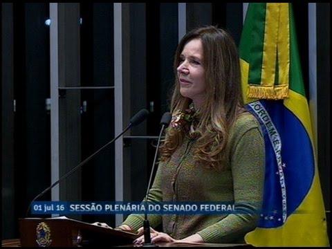 Vanessa Grazziotin critica análise de proposta contra abuso de autoridade