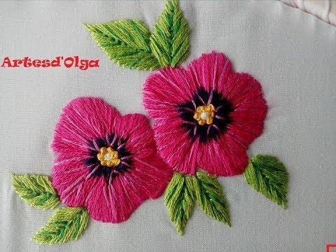 Flores bordadas a mano - Malvarrosas Hollyhock  ArtesdOlga