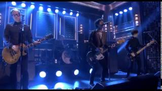 Johnny Marr plays Stop Me If You Think You