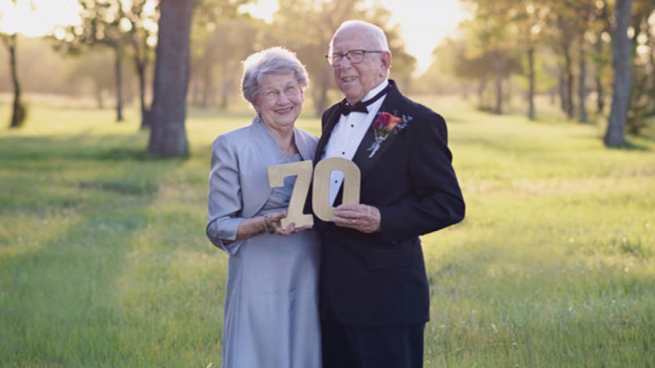 Couple celebrates th anniversary with wedding photo shoot they