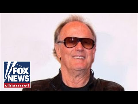 Peter Fonda: 'Rip Barron Trump from his mother'