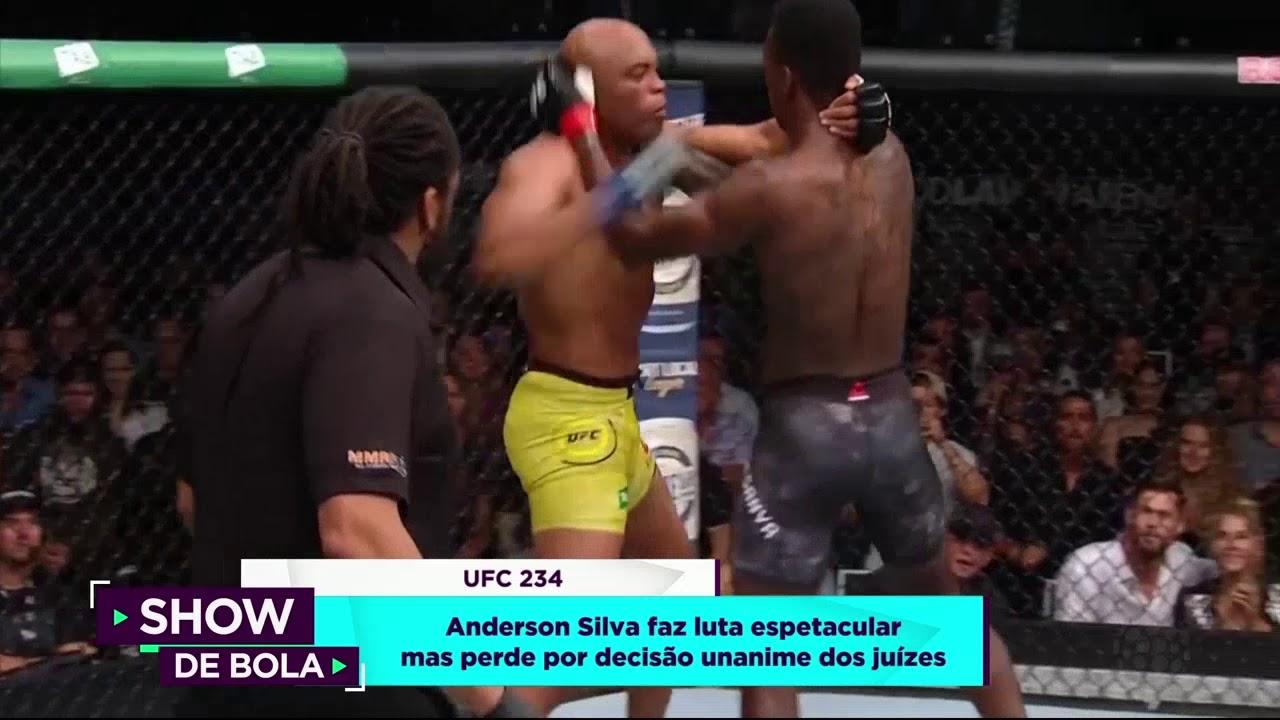 Anderson Silva Faz Luta Espetacular Mas Perde Show De Bola 11 02 18 Youtube