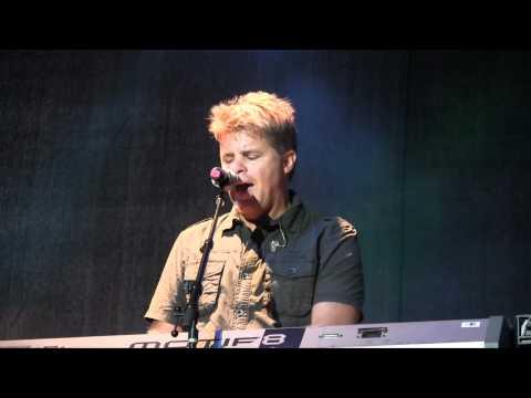 Lonestar - Walking in Memphis  (Live - Petaluma CA)