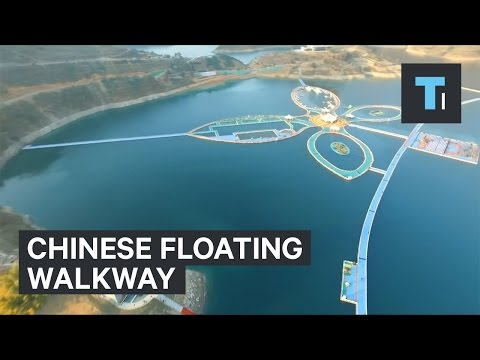 Chinese floating walkway is 2x longer than Manhattan