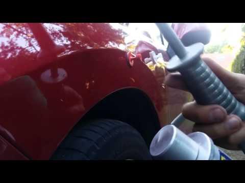 Как убрать небольшую вмятину на машине своими руками