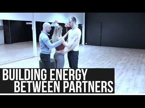 Building energy between partners (Reverse Breath) - Mek