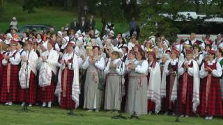 Download XIV Latvijas koru saiets - karogu ienešana MP3 song and Music Video