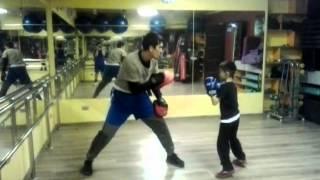Детский бокс в Алматы. Тренер Малик. Зал Sky Gym.