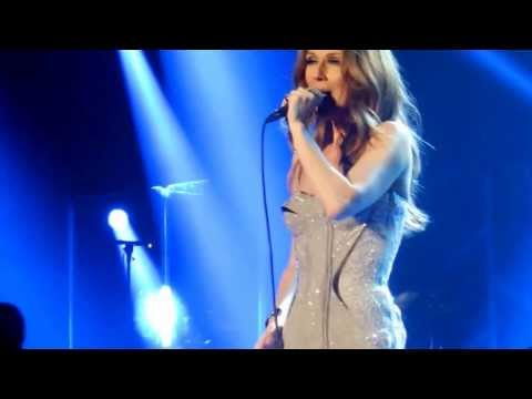Celine Dion - technical problem on stage, on Titanic!!!