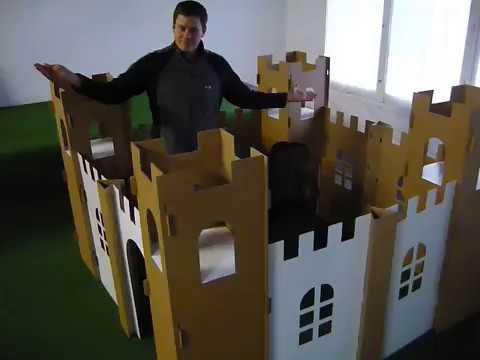 die kleine oder riesengro e spielburg youtube. Black Bedroom Furniture Sets. Home Design Ideas