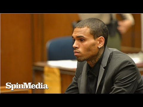 Rihanna's Ex Chris Brown Checks Out of Rehab After Two Weeks