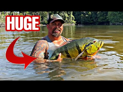 CATCHING GIANT PEACOCK BASS In A HIDDEN LAKE Of The AMAZON  (tucunare Açu) *BIGGEST I'VE CAUGHT*