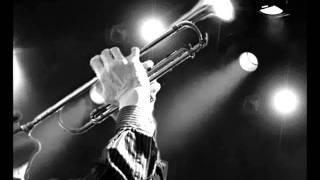 Tom Kubis - Auld Land Syne (Performed by Wayne Bergeron)