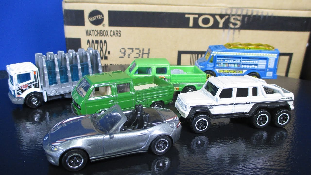 Mercedes 6x6 >> 2017 H Matchbox Case New Toy Cars Glass King and Mercedes Benz AMG 6x6 6-wheeler - YouTube