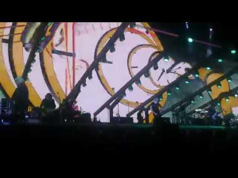 Roger Waters in Curitiba / Brazil (27/10/2018) - 4K HD Video Clips