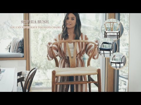 [HOME] Sophia Bush & her love for chairs ♡