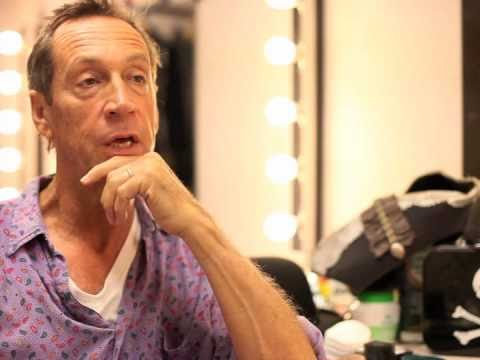 Funny Interview with Jonathan Hyde playing Captain Hook
