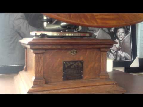 Elvis Presley LOVE ME TENDER  by 78 rpm Record