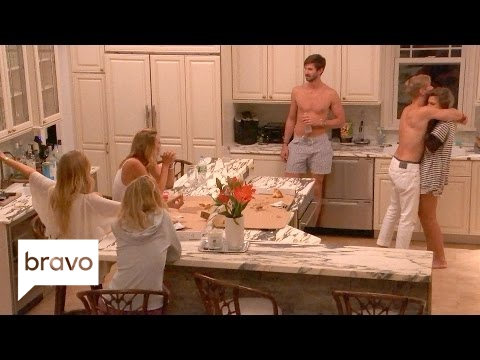 Summer House: No One Gets Carl (Season 1, Episode 10) | Bravo