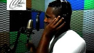 Baixar Voz impacto, locutor Madson gravando spots, vinhetas, offs, aberturas