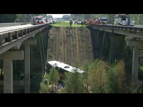 Students describe harrowing Alabama bus crash