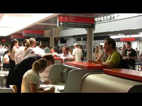 Mazowiecki Port Lotniczy Warszawa-Modlin   Airport Warsaw-Modlin