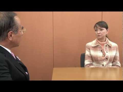認知症介護の情報ポータルサイト【認知症きらきらネット】 http://kirakira-care.net 短縮版 【秋川リサ(女優)】 1952年、東京都生まれ。15歳でテイ...