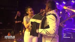 Hoja en Blanco Ana del Castillo y Omar Geles Ana del Castillo Llora de Gratitud con el Maestro