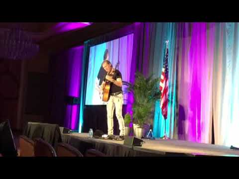 Mike Rayburn Performing Bohemian Rhapsody at NRECA Connect 2018c