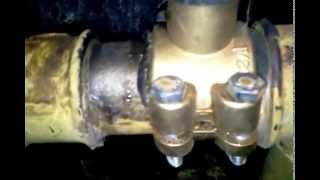 видео Установка циркуляционного насоса GRUNDFOS в систему отопления
