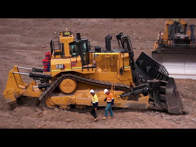Hastings Deering CAT - New CAT D11 Promo
