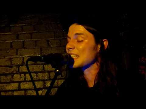 James Bay -  Clocks Go Forward (Acoustic) - The Slaughtered Lamb, London - November 2016