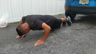 Fortnite squid Leader in real life doing 100 push up challenge.