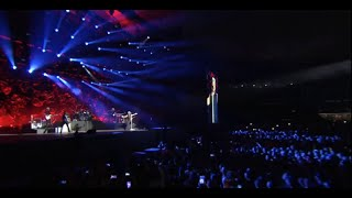Bon Jovi Live - We Don