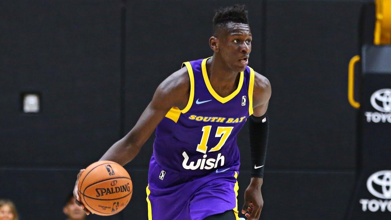 efe0db1ee 18-year-old Isaac Bonga makes his NBA G League debut