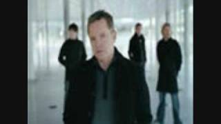 New Order: Bizarre Love Triangle (Club mix)