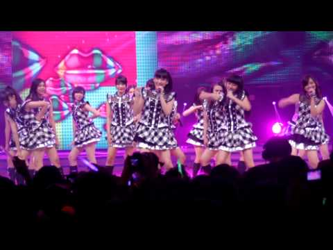 [17022013] Fancam : JKT48 Team J - Oogoe Diamond