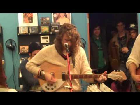 Girls - Summertime (Live In-Store Salt Lake City 02.12.10)