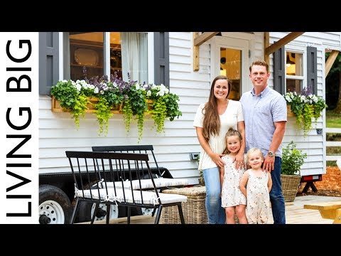 Family's Fantastic Farmhouse-Style Tiny Home