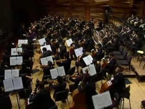 Part 2/6 - Alisa Weilerstein, Gustavo Dudamel, Simón Bolívar Orch. - Dvorák Cello Concerto