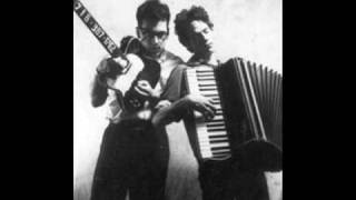 "TMBG unreleased ""The Puppet Head"" (1985 demo tape)"