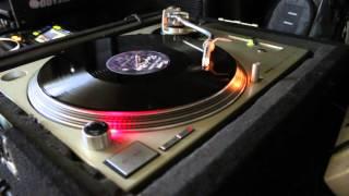 """Prince """"Purple Rain"""" tribute on Technics SL-1200 M3D Turntable"""