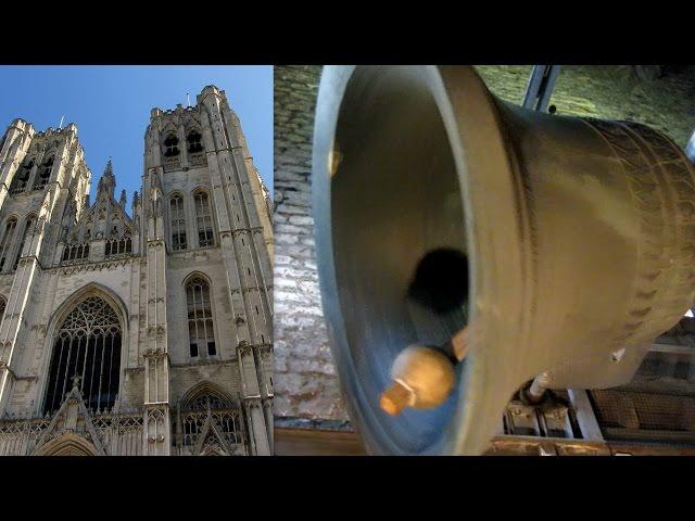 Brussel, kathedraal, klokken zuidtoren / Bruxelles, cathédrale, cloches de la tour sud.