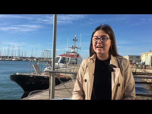 Ils préparent Escale à Sète 2022 : Rencontre avec Louna, bénévole de notre équipe communication.